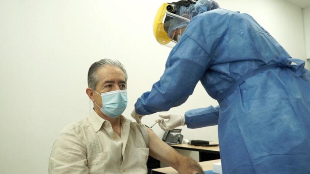 Llegaron las primeras 8.000 dosis de la vacuna contra la covid-19